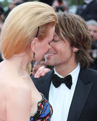 Cannes 2013: Nicole Kidman embarks on massive red carpet PDA session