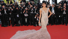 eva longoria, heidi klum commando cannes photos emerge on twitter
